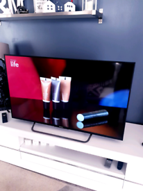 """Sony tv 49"""" smart with android"""