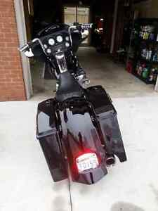Street glide fairing willing to trade for road glide fairing