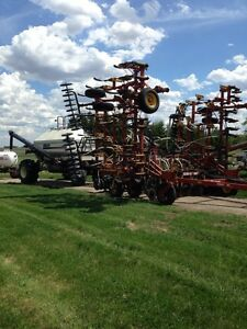 8800 Bourgault with 5350 cart