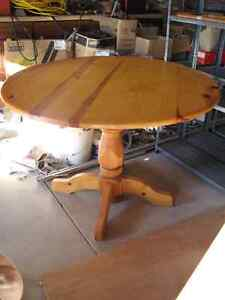 Dining Table For Sale Windsor Region Ontario image 1