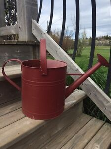 Water gardening can with handle