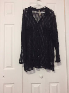Lot of 15 plus size women's clothing tops and bottoms