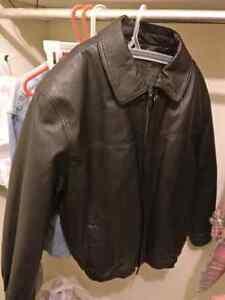 Leather coat  London Ontario image 3
