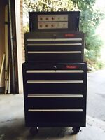 Tool storage chest