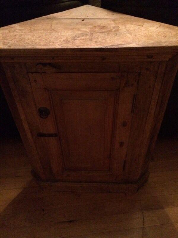 Vintage Corner Table 26