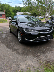 Wow mint 2016 Chrysler 200