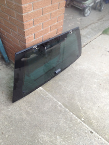 99.5 to 04 NISSAN PATHFINDER REAR WINDOW FOR SALE