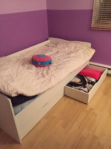 120$ Single bed for sale