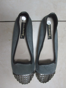 Grey Flats - Size 8 - like new