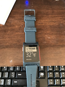 Pebble 2 HR Heart Rate - Brand new - Red/black 1 left