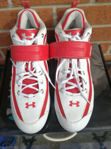 Under Armour Baseball cleats size 10