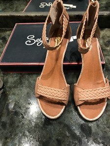 Brand New Seychelles wedge sandals in box. Size 7.5.