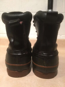 Men's Rugged Outback Winter Boots Size 8 London Ontario image 2