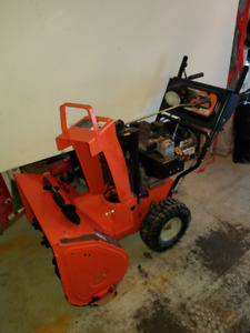 Ariens 927LE Snowblower with Electric Start