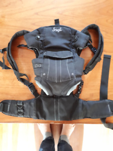 Snugli Baby Carrier (Face in/Face Out)