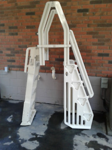 Pool ladder for sale. Brand new this season and has not been use