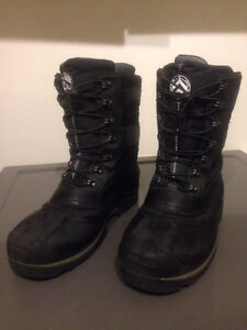 Banff Trail Winter Boots - Size 11