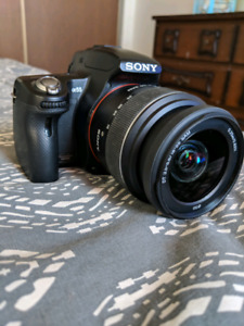 Sony A55 SLR Camera ( WITH LOTS OF EXTRAS) TRADES WELCOME