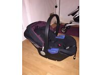 Burgundy Silver Cross Simplicity car seat & Silver Cross Isofix base