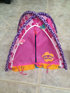 Groovy Girls Tent for the Dolls