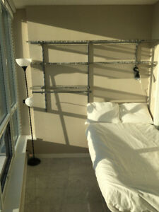 Room Available - Views of False Creek and Mountains