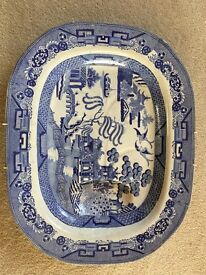 Japanese 'Willow' pattern antique dish large plate