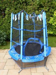 Trampoline avec filet  et protecteur pour enfant de 3 à 6 ans