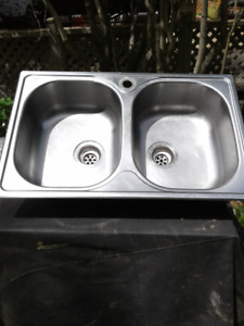 Stainless double kitchen sink