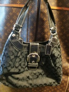 COACH HANDBAGS mint condition-priced2sell quick