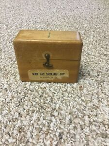 War Gas Smelling Kit - Dept of Munitions and Supply WWII