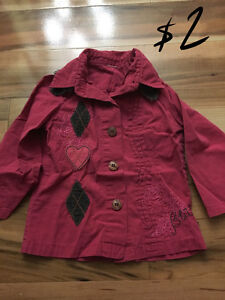 girl clothes  size 4 GREAT PRICE Kingston Kingston Area image 5