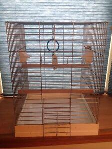 Cage pour oiseaux, perruches ou inséparables.