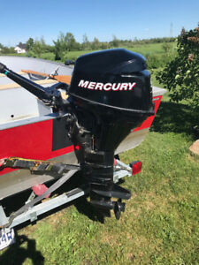 Moteur Hors bord Mercury 9,9 4 temps