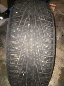 1 winter tire Nokian 225/55/R17 very good cond