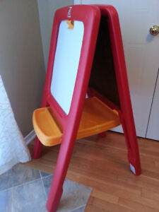 """Child's """"Step 2"""" Easel"""