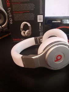 Beats By Dr Dre PRO (Imitation) (Mint)