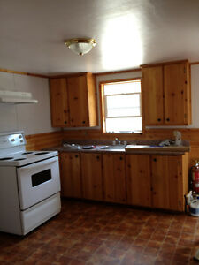 2 - Bedroom Apartment (Shelburne, N.S.)