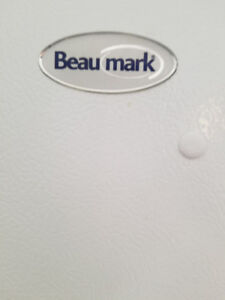 24 inches (Beaumark) white fridge for sale