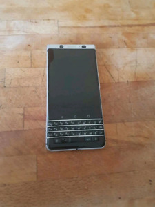 BlackBerry Keyone $450 NO TRADES