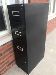 COMMERCIAL GRADE BLACK METAL FILING CABINET VERY STURDY 4 DRAWER