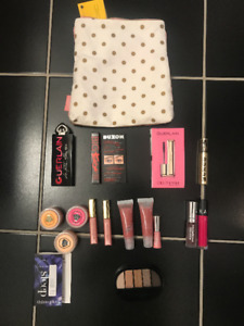 All Brand New Luxury Cosmetics Deluxe Sample for Sale