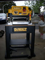 dewalt 13 Inch Planer with Stand and delta jointer with base