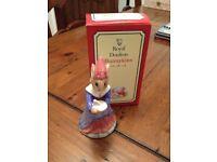 Boxed royal doulton sundial Bunnykins