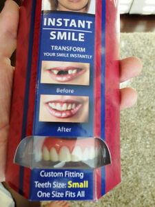 Instant Smiles Transform Your Teeth Instantly Fits On Your Teeth Kitchener / Waterloo Kitchener Area image 2