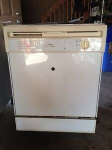 Kenmore Dishwasher and Stove