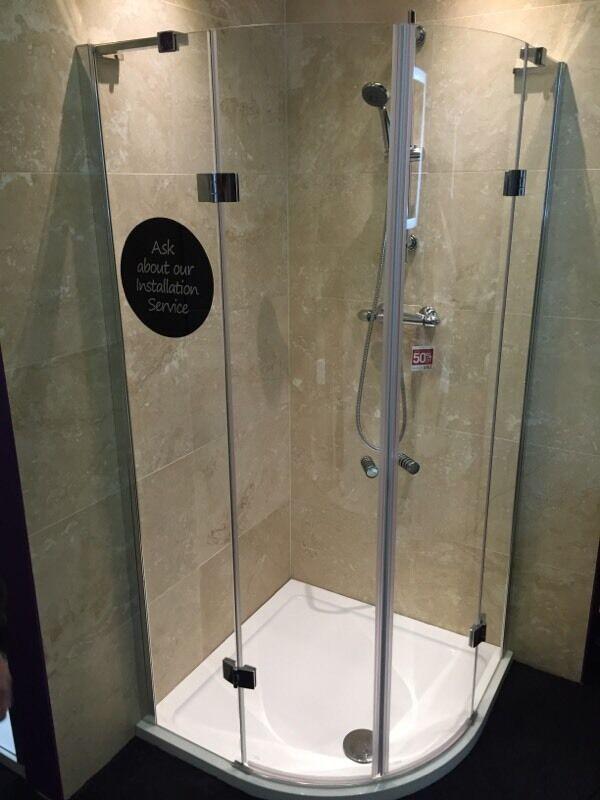 Ex display 900 quadrant shower frameless 120 in team for Ex display bathrooms