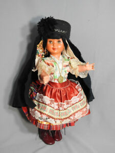 VINTAGE PORTUGUESE NAZARE PLASTIC DOLL NATIONAL DRESS