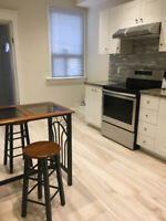 Furnished room on St.Clair Av for student available in September