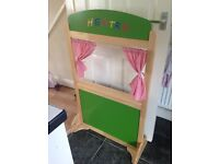 Child's puppet theatre stand