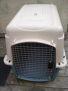 Petmate Pet  Crate / Cage